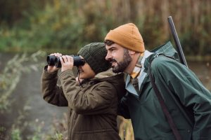 Top 5 Best Binoculars For Hunting Deer – Full Reviews